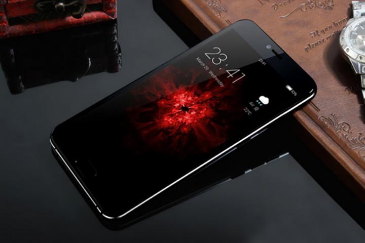 AllCall Bro - первый смартфон нового производителя