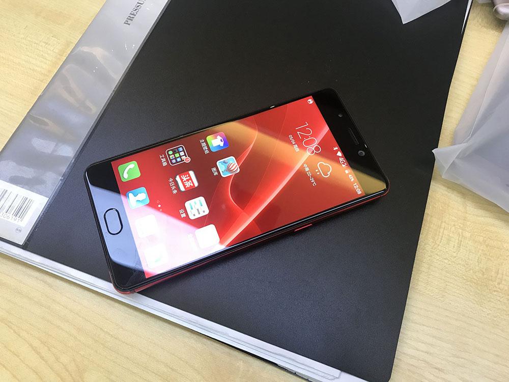 Быстрый, дерзкий Elephone P8 на новейшем чипе!