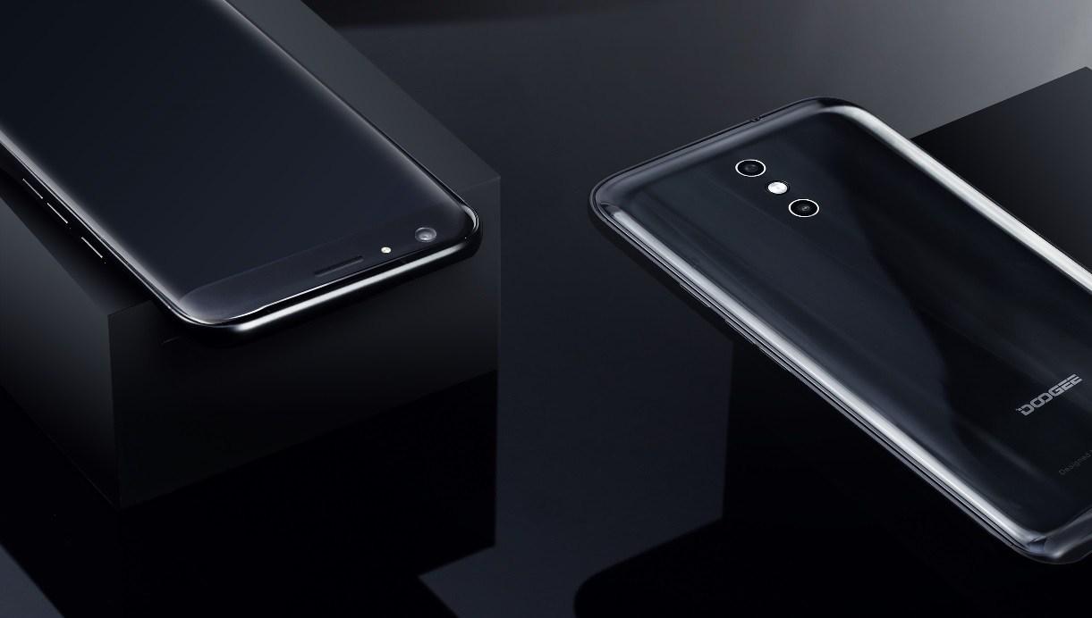 Doogee BL7000 - новый долгожитель среди смартфонов