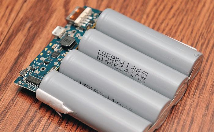 аккумуляторы из повер банка