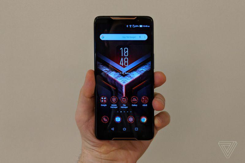 Игровой смартфон Asus ROG