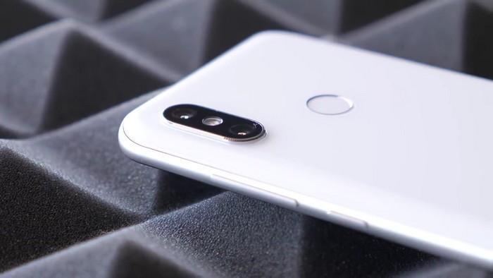 Обзор Xiaomi Mi 8 - долгожданный хит этого года!