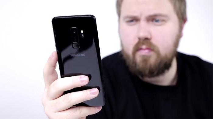 Samsung Galaxy S9 Plus с распознаванием лица