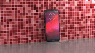 Moto Z3 – первый в мире смартфон с поддержкой сетей 5G