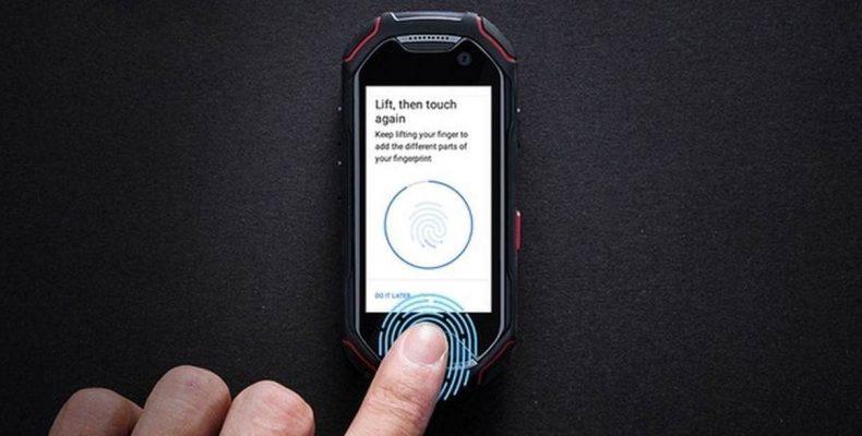 Unihertz Atom: самый маленький в мире защищенный смартфон