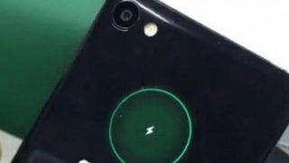 Meizu X2 с дополнительным круглым экраном показан на фото