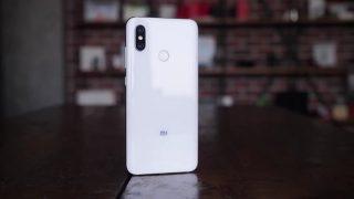 Обзор Xiaomi Mi 8 — долгожданный хит этого года!